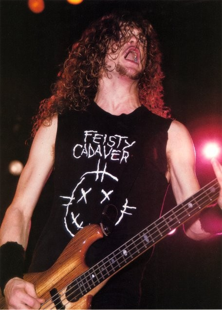 Jason Fan :: A site Dedicated to Jason Newsted and His many Basses